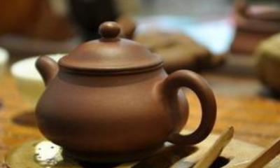 搞笑歇后语大全:茶壶里的水--滚开